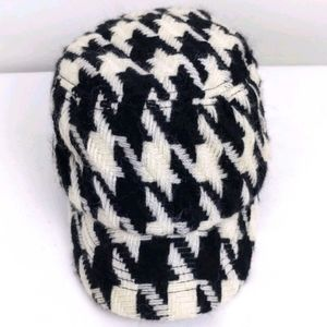 New York & Co. Acrylic/Wool Houndstooth hat